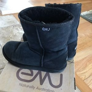 EMU Australia size 8